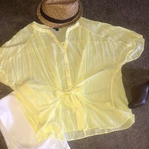 Beautiful yellow/white striped blouse